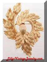 Vintage MONET Golden Swirling Leaves Wreath Brooch