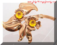 Vintage Retro Modern Golden Flowers Brooch