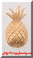 Vintage Golden TRIFARI Mini Pineapple Fruit Pin