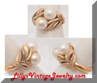 Vintage AVON Golden Leaves Pearls Cocktail Ring