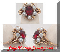Vintage AVON Red Rhinestone faux Pearls Cocktail Ring