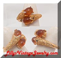 Vintage TRIFARI Amber Cabs Golden Dinner Ring