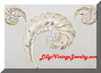 Vintage LISNER Golden Feather Rhinestones Brooch Earrings Set